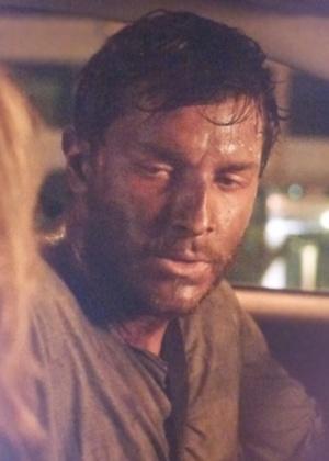 Leonardo aceita ir para o hospital após ser encontrado em estado lastimável