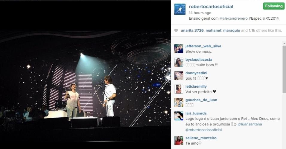 8.dez.2014 - Em sua conta oficial no Instagram, o cantor compartilhou uma imagem do ensaio com o José Alfredo de
