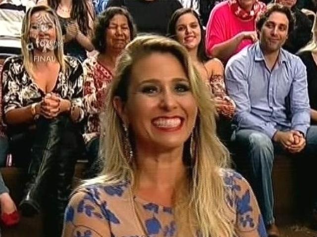 """10.dez.2014 - Andréia Sorvetão participa da final de """"A Fazenda 7"""" ao vivo, em Itu"""