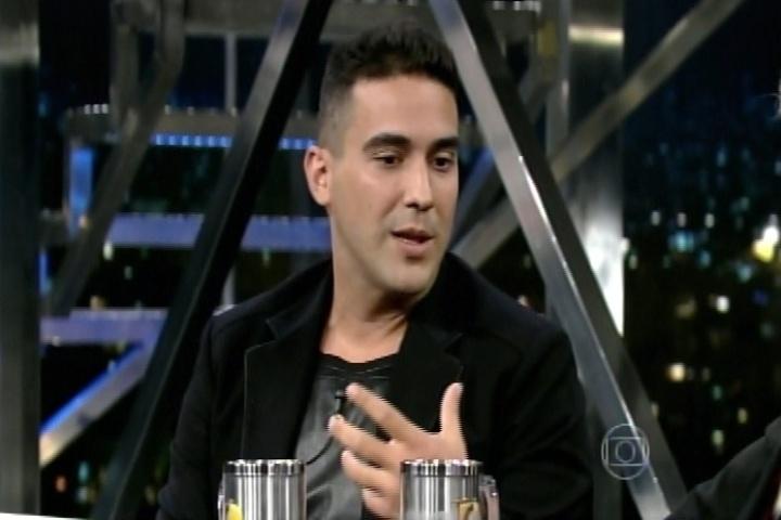 """12.dez.2014 - André Marques é entrevistado por Jô Soares no """"Programa do Jô"""" e confessa que já se sentiu humilhado dentro de avião quando era gordo"""