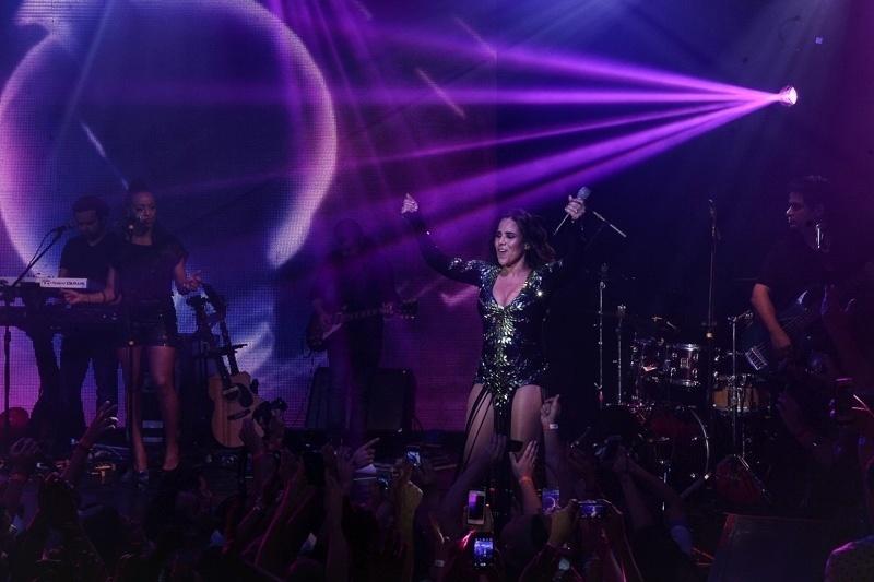 13.dez.2014 - A cantora Wanessa faz seu último show do ano na casa noturna Flex Club, em São Paulo, com a DNA Tour Reloaded.