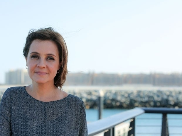 """Adriana Esteves grava cenas da novela """"Babilônia"""" em Dubai, nos Emirados Árabes"""