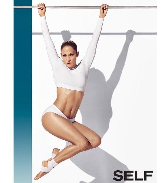 16.dez.2014 - Jennifer Lopez divulgou em seu Instagram fotos de seu ensaio para a revista