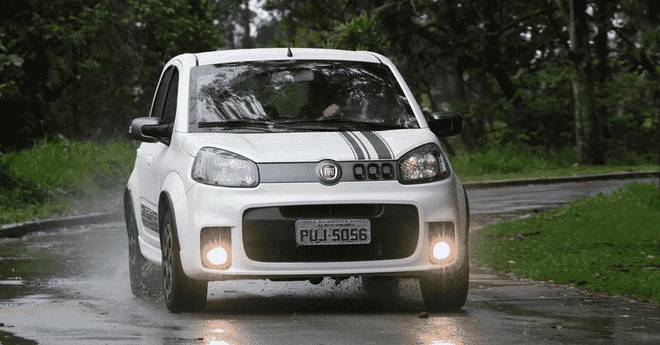 Fiat Uno Sporting 2015 - Murilo Góes/UOL