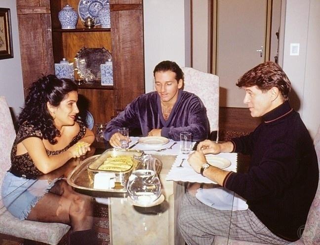 """GLoria Pires, Marcelo Picchi e Miguel Falabella em """"Mico Preto"""" (1990)"""