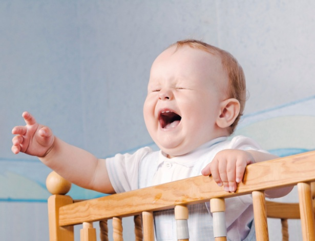 Aos seis meses, alguns bebês já sabem fazer manha, mas você pode, sim, atendê-los - Getty Images