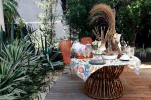 Atraia boas energias fazendo um almoço especial no jardim - Reinaldo Canato/ UOL