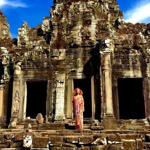 Cantora Beyoncé curte o início de 2015  no Camboja