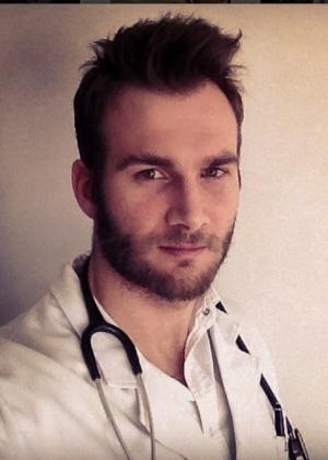 """O médico Wesley Schunk tem um consultório na área de nutrologia em Belo Horizonte (MG). Ele ficou em segundo lugar no """"BBB11"""""""