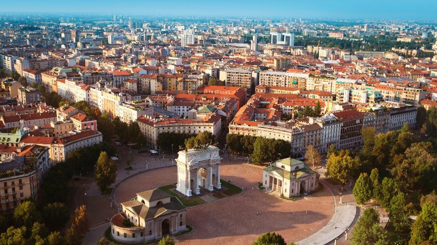 Vista aérea de Milão, na Itália - Getty Images