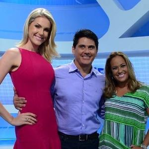 """Ana Hickmann, César Filho e Renata Alves, os novos apresentadores do """"Hoje Em Dia"""", da Record"""