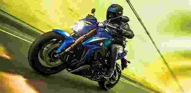 Com motor da lendária GSX-R 1000, a naked Suzuki GSX-S 1000 desperta o desejo de pilotá-la - Divulgação - Divulgação