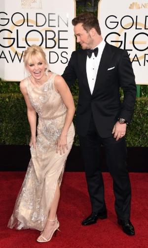 """11.jan.2015 - Anna Faris e Chris Pratt chegam à cerimônia de gala. A atriz da série """"Mom"""" apresentou, na última semana, ao lado de Allison Janney, a 41ª edição do Peoples Choice Awards"""
