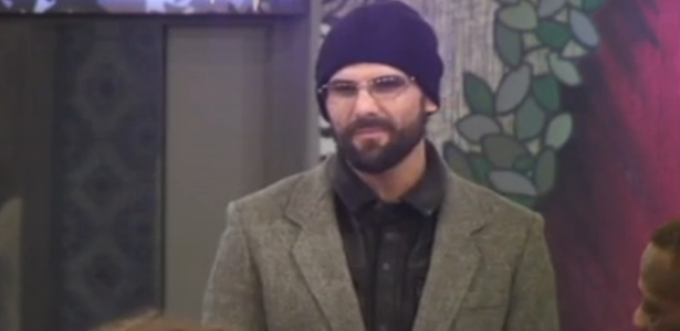 "Jeremy Jackson é expulso do ""Big Brother Celebrity"" na Inglaterra por agarrar participante no banheiro"