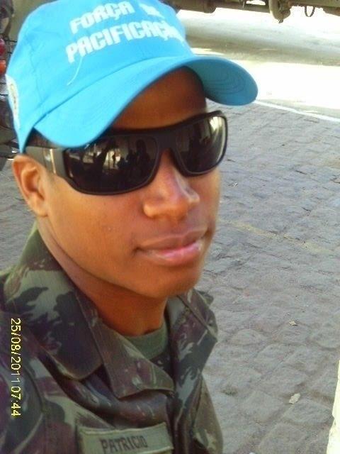 Aos 23 anos, Luan Patricio já foi militar e nos últimos tempos estava trabalhando como gerente operacional em um salão de beleza em Mesquita, no Rio de Janeiro