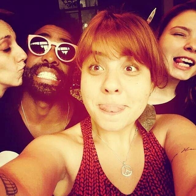Douglas Ferreira com a amiga Carla Rosso e os colegas do Jacubaleado