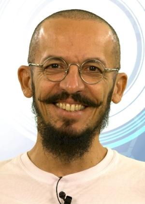 """Rogério Alves, 45 anos, bailarino de Recife (PE), é participante do """"BBB15"""""""