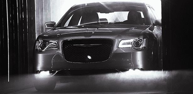 2. Chrysler 300 2015 - Frederic J. Brown/AFP - Frederic J. Brown/AFP