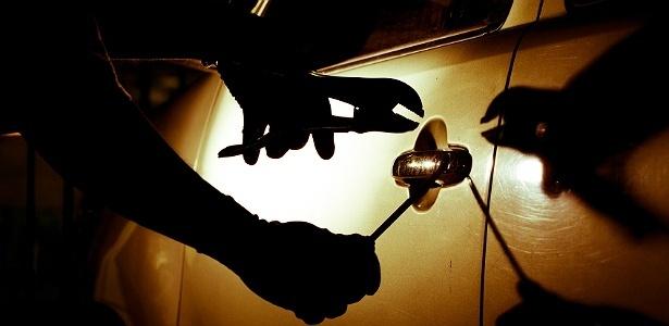 Segundo pesquisa, 52% dos roubos e furtos ocorrem entre 18h e 0h  - Getty Images