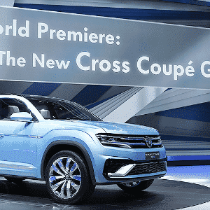 Volkswagen Cross Coupe GTE Concept - Mark Blinch/Reuters
