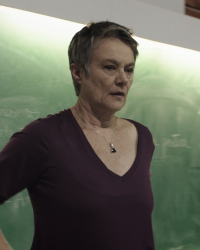 Norma Drummond (Selma Egrei) - Casada com Dionísio (Perfeito Fortuna) há 46 anos e mãe de Joel (João Baldasserini), Cláudio (Enrique Diaz) e Hugo (João Miguel). Professora de sociologia da UNB, inteligente e mulher de fibra