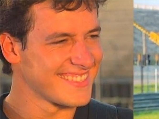 """4a TEMPORADA - De março de 1998 a outubro de 1998 - """"Malhação"""" entrou no ar com novos personagens e elenco renovado. O casal de protagonista foi formado pelo cinegrafista Bruno (Rodrigo Faro) e Alice (Cássia Linhares)"""