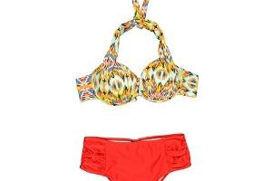 3b199e59e Fotos  Moda praia emagrecedora  veja biquínis e maiôs que disfarçam ...