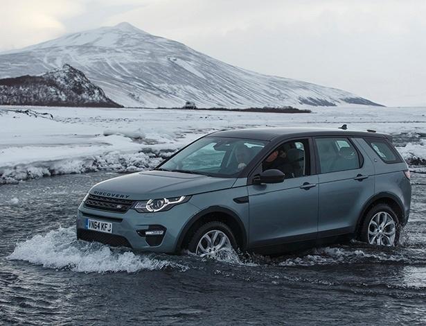 Land Rover Discovery Sport vai à Islândia para mostrar que não teme ninguém - Divulgação