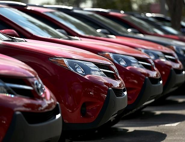Veículos da Toyota nos EUA: passou a GM, mas agora a VW está na cola - JOE RAEDLE/AFP