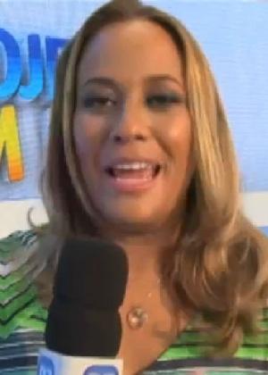 Renata Alves fala sobre repaginada no visual, mas diz que essência continua