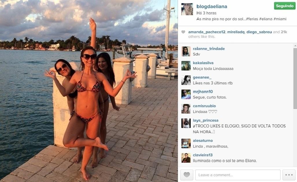 22.jan.2015 - De férias em Miami, Eliane impressionou mais uma vez seus seguidores ao posar de biquíni. Com 41 anos, a apresentadora está em ótima forma e exibiu, inclusive, entradinhas na barriga. Na imagem, ela brinca com duas amigas em um pier na cidade da Flórida, nos Estados Unidos