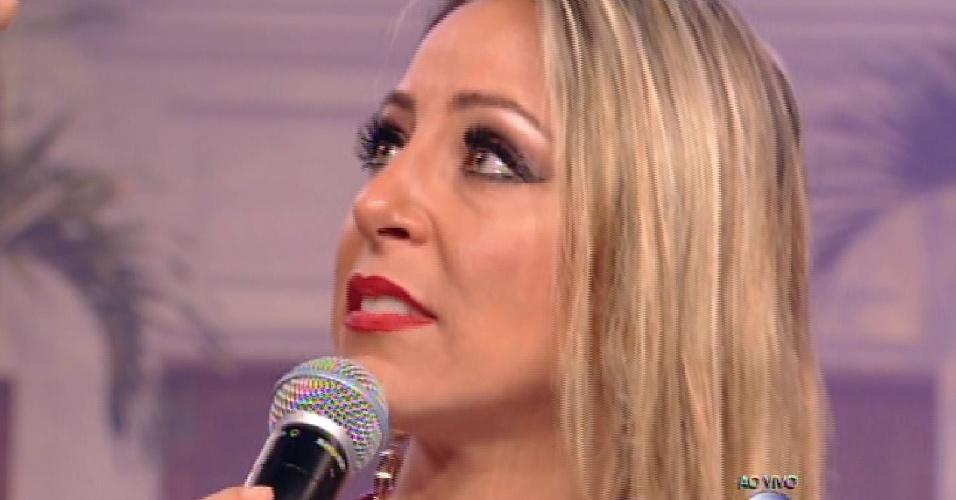 """27.jan.2015 - Chorando, Francieli é a primeira eliminada do """"BBB15"""""""