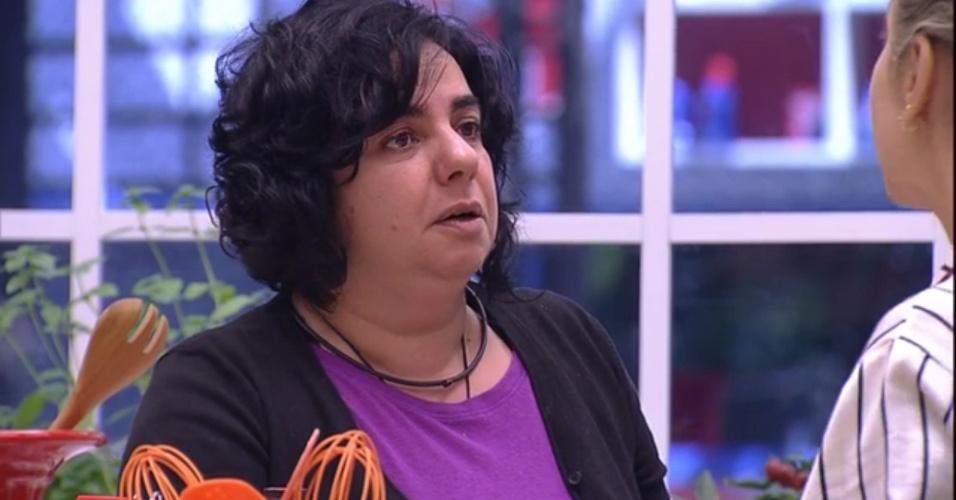 """27.jan.2015 - Fran afirma que Adrilles e Marco fizeram Mariza mudar seu voto de Luan para Douglas. """"A líder da semana conclui, então, que foi uma marionete"""