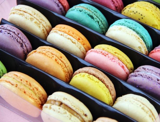 Macarons podem ser confeccionados em várias tonalidades para combinar com a decoração
