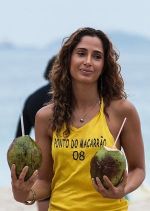 """Em """"Babilônia"""", Camila Pitanga vive Regina, uma mulher de temperamento forte, que vive no morro da Babilônia"""