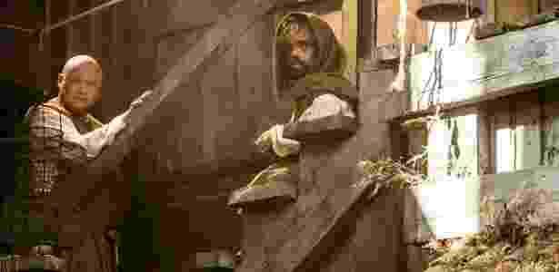 """Na 5ª temporada de """"Game of Thrones"""", Tyrion (Peter Dinklage) aparece barbudo após sair de uma caixa - Divulgação - Divulgação"""