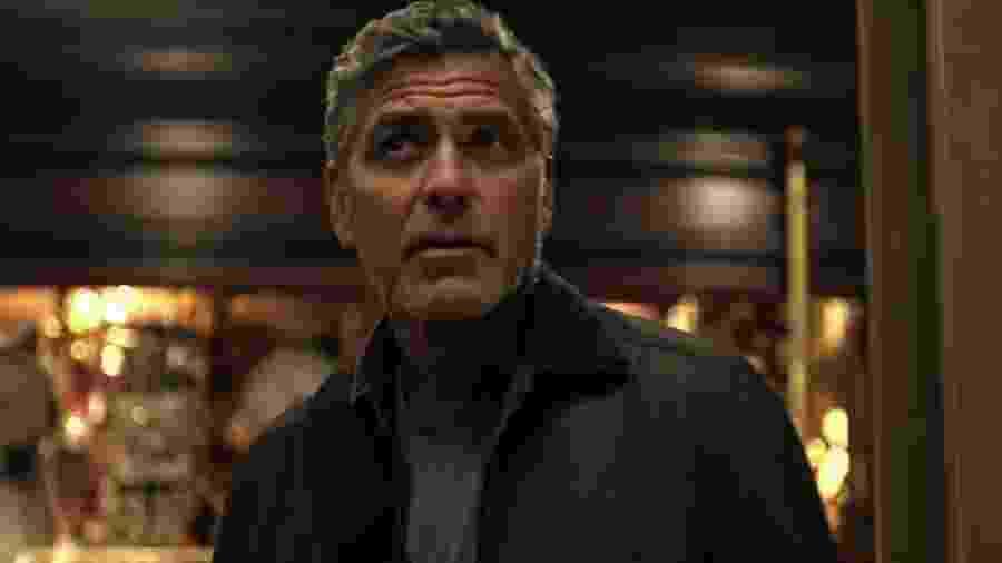 """George Clooney, em cena de """"Tomorrowland"""" - Reprodução"""