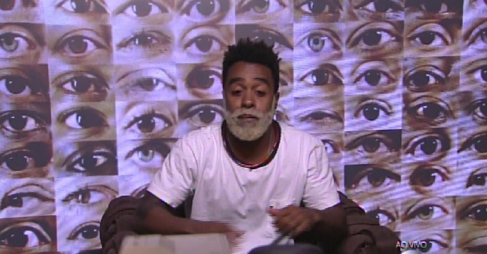 """1.fev.2015 - Indicado ao segundo paredão do """"BBB15"""", Douglas vota em Rafael e diz que """"ele é moleque"""""""