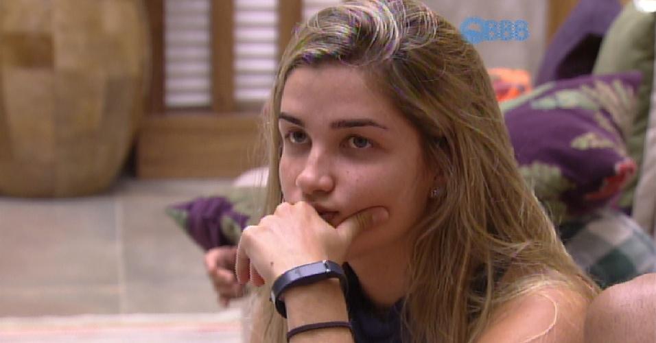 4.fev.2015 - Aline diz que imagina uma paredão entre Angélica e Fernando