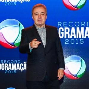 5.fev.2015 - Gugu Liberato posa durante a apresentação da programação 2015 da emissora