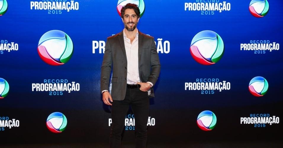 5.fev.2015 - Marcos Mion chega para apresentação da programação 2015 da Record, em São Paulo
