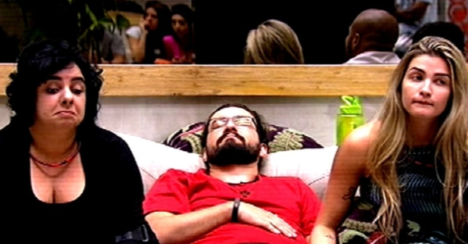 """5.fev.2015 - Mariza e Marco são vetados por Rafael de disputar a terceira prova do líder do """"BBB15"""""""