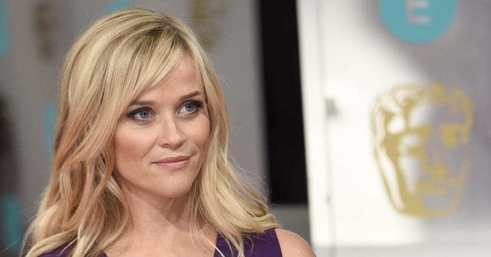 08.fev.2015 - A atriz Reese Witherspoon chega para a premiação do Bafta 2015
