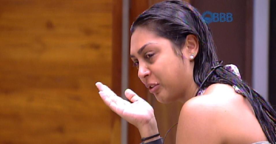 8.fev.2015 - Amanda chora antes de votação por pensar em indicar Fernando