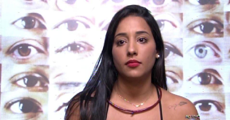 """8.fev.2015 - Talita vota em Marco para o terceiro paredão do """"BBB15"""""""