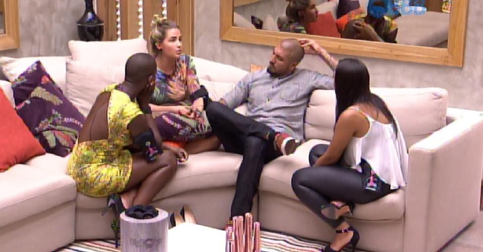 9.fev.2015 - Discussão entre Amanda, Fernando, Aline e Angélica foi tensa após o paredão