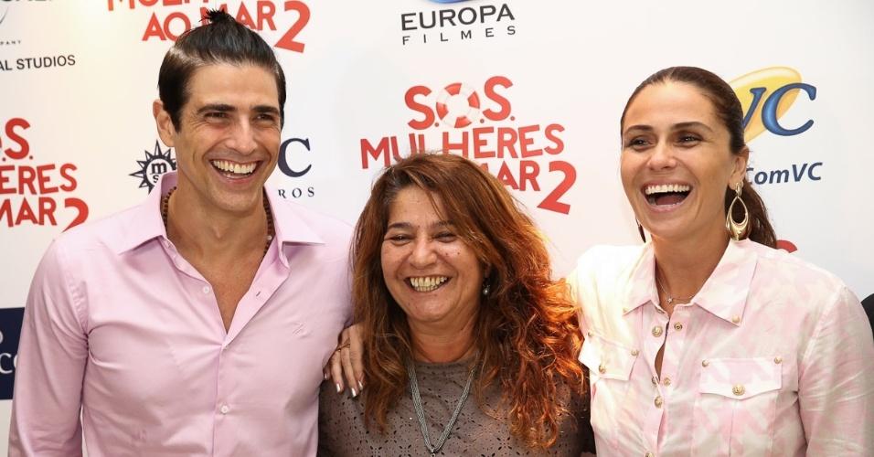 9.fev.2015 - Reynaldo Gianecchini, a diretora Cris D?Amato e Giovanna Antonelli durante lançamento de