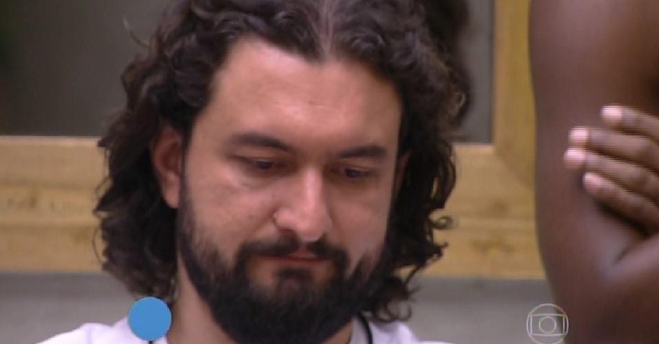 """10.fev.2015 - Marco é o terceiro eliminado do """"BBB15"""""""