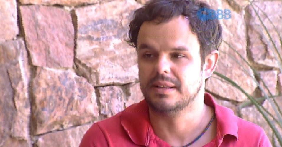 11.fev.2015 - Adrilles pede paz na Talita