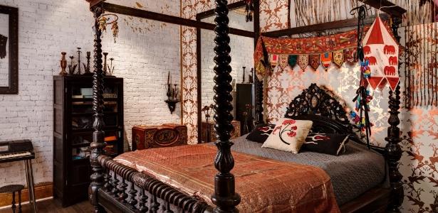 O quarto do casal no loft do SoHo, em NY, bairro que sofre especulação imobiliária - Bruce Buck/ The New York Times